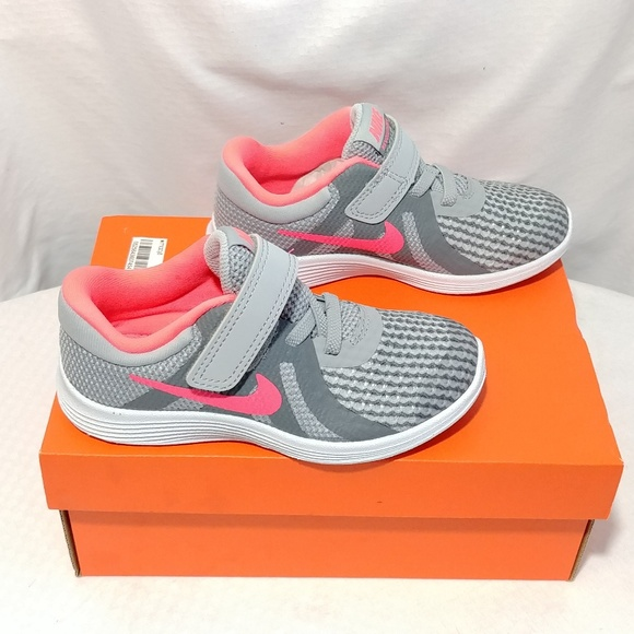 3e5e81f429 Nike Revolution 4 (TDV) Girl's Shoes 9C. M_5bb04383534ef94534bbce51